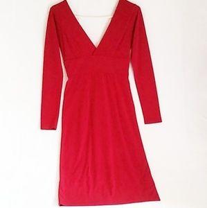 MODA INTERNATIONAL Sexy red dress with deep V neck